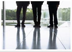 Bricks & UK戦略人材マネジメントによる労務リスク対策